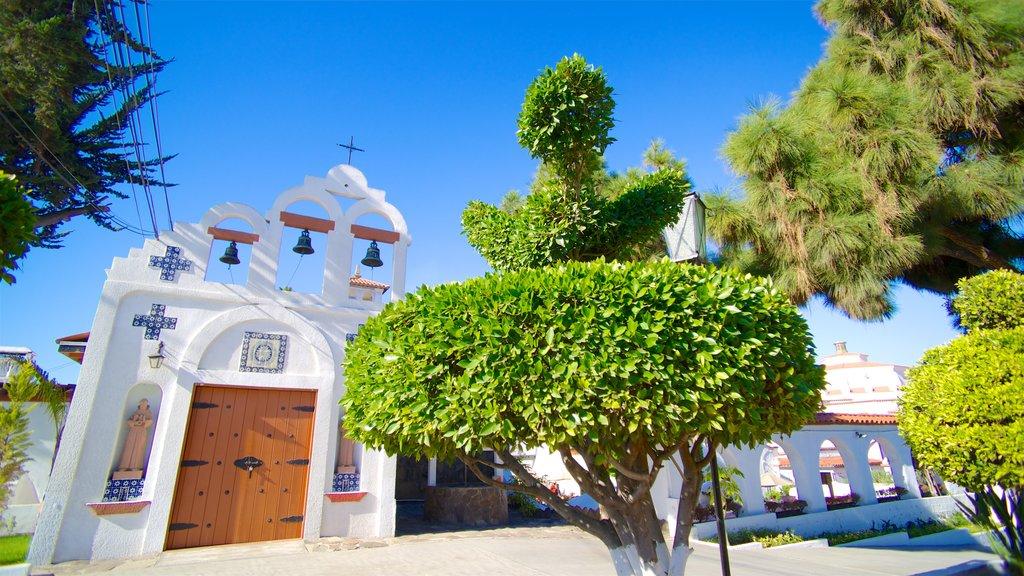 México que incluye escenas urbanas y una iglesia o catedral