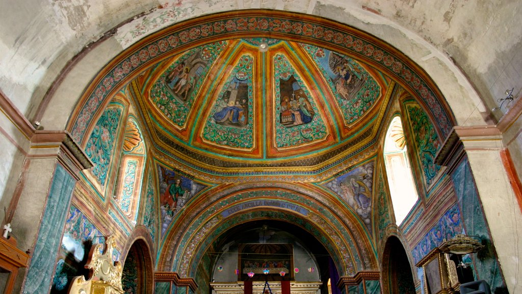 Oaxaca which includes a church or cathedral, interior views and heritage architecture