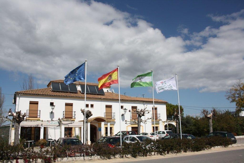 Hotel_del_Carmen.jpg?1587651226