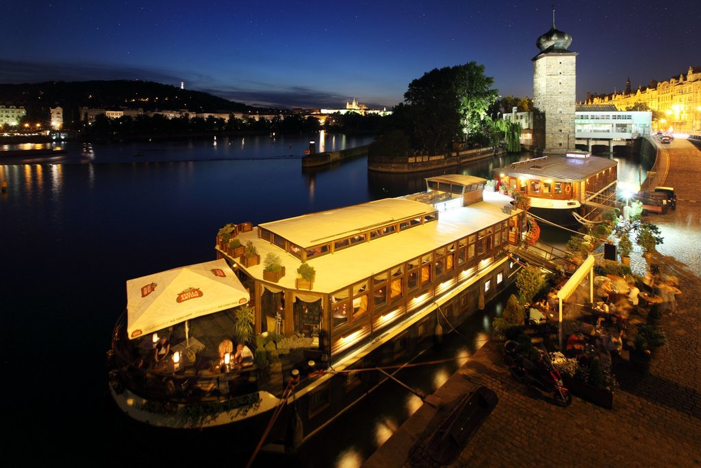 25ed40ba-Boat-Hotel-Matylda.jpg?1587695425
