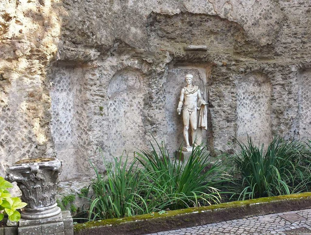 1920px-Nymphaea_Villa_of_Domitian_Castel_Gandolfo_20141006.jpg?1587314774
