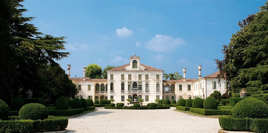 Villa-Tiepolo-Passi.jpg?1587650452