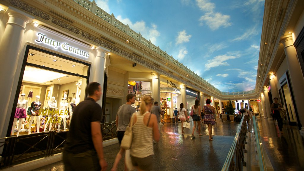 Forum Shops showing a city, street scenes and interior views