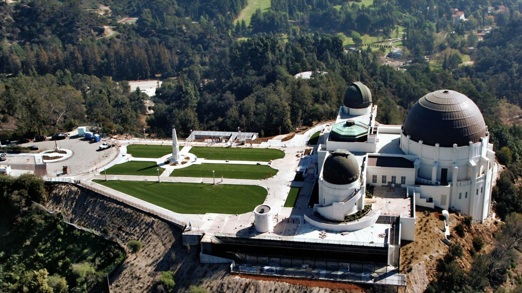 Griffith Observatory featuring an observatory