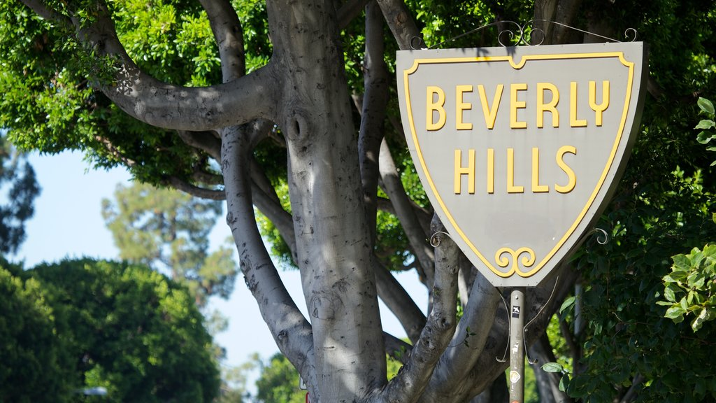 Beverly Hills showing signage