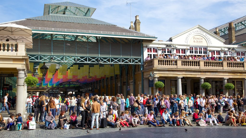Covent Garden which includes street scenes, a city and markets