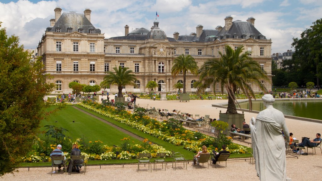 Paris featuring chateau or palace, heritage architecture and landscape views