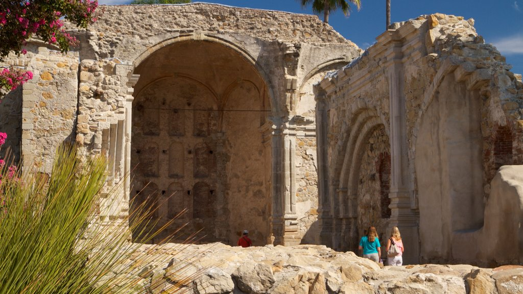 Mission San Juan Capistrano featuring heritage architecture and building ruins