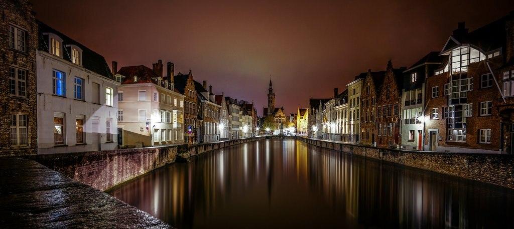Nighttime-Panorama-of-Bruges.jpg?1573031682