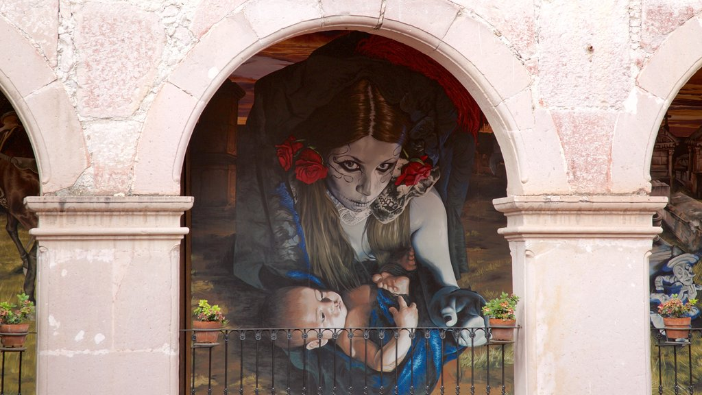 Aguascalientes which includes outdoor art