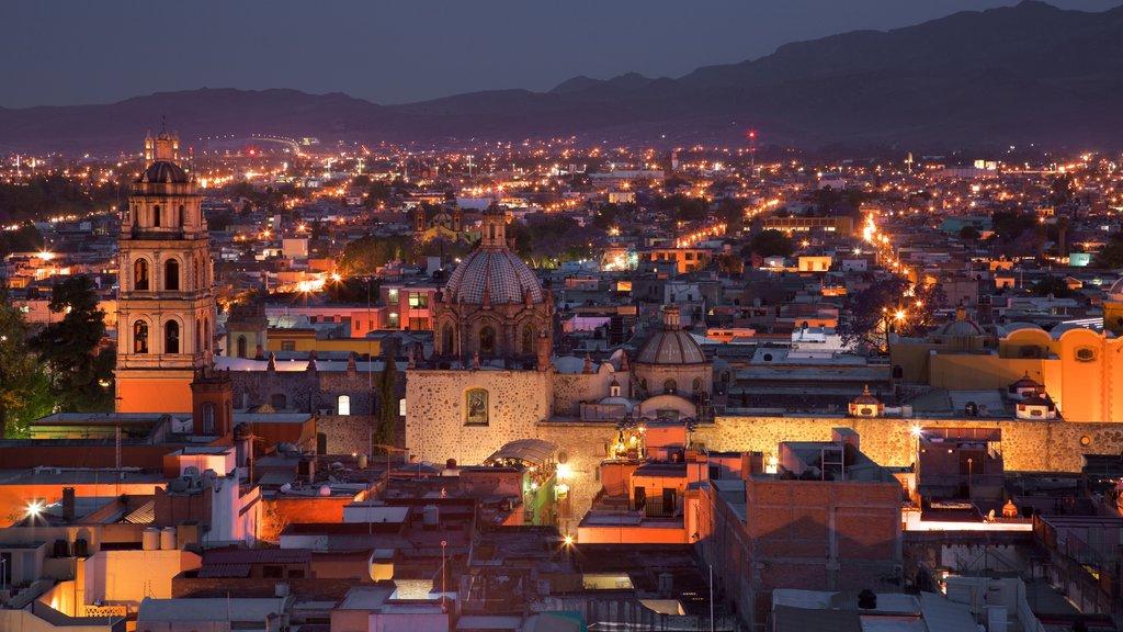 San Luis Potosí mostrando vistas de paisajes, una ciudad y escenas nocturnas
