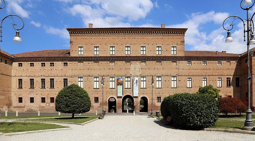 Gualtieri__palazzo_bentivoglio_03.jpg?1588179974