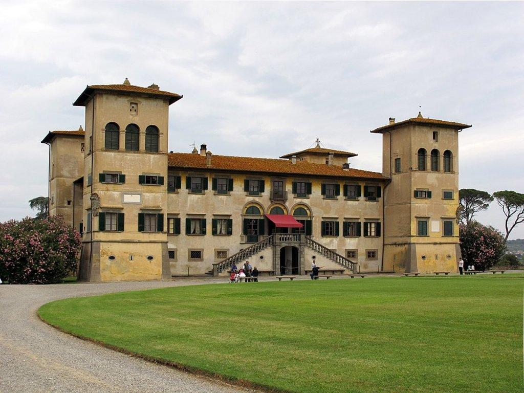 960px-Villa_niccolini_di_camugliano_10.JPG?1588170501