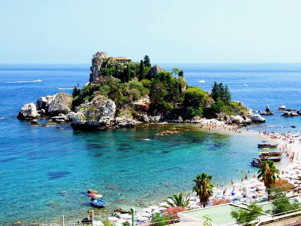 1440px-Isola_Bella-Taormina-Messina-Sicilia-Italy_-_Creative_Commons_by_gnuckx_%283811721526%29.jpg?1588611383