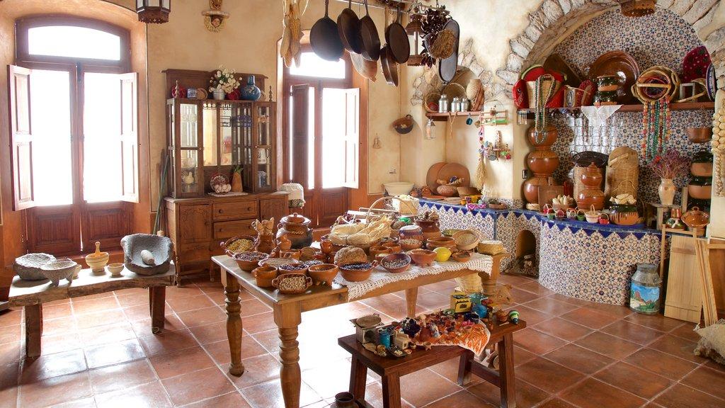 Museo del Dulce which includes interior views