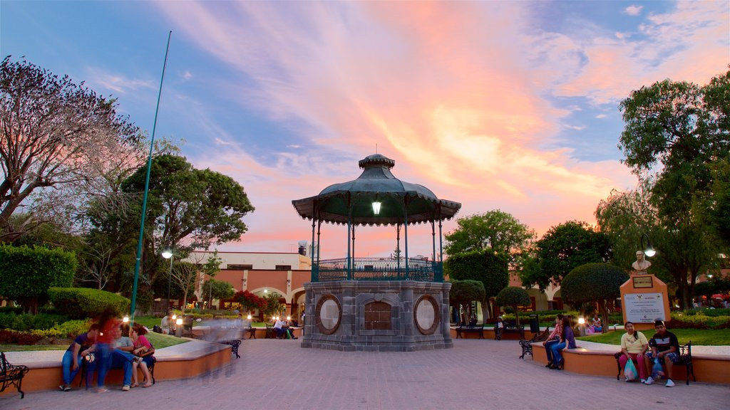 Plaza Miguel Hidalgo which includes a park and a sunset
