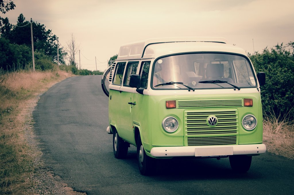 roadtrip_vw_bus.jpg?1589810095
