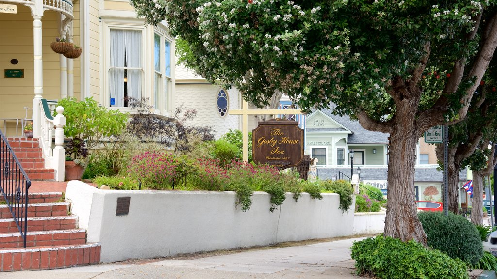 Pacific Grove which includes a hotel