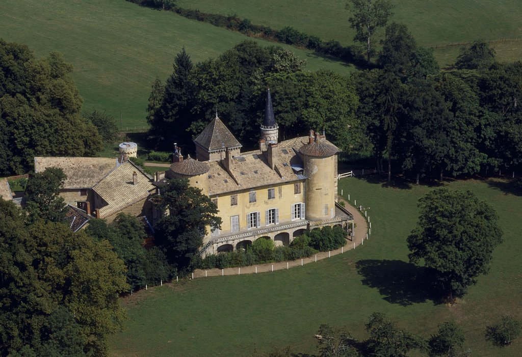Chateau_de_Saint-Point_%C2%A9_DSL_71_-_Josiane_Piffaut.jpg?1591524125
