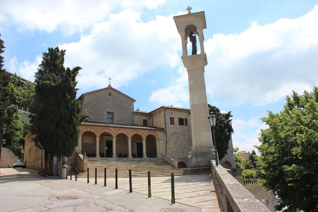 San Marino cosa vedere: chiesa San Quirino