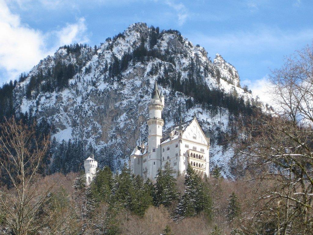 1440px-Schloss_Neuschwanstein_2.jpg?1579531421