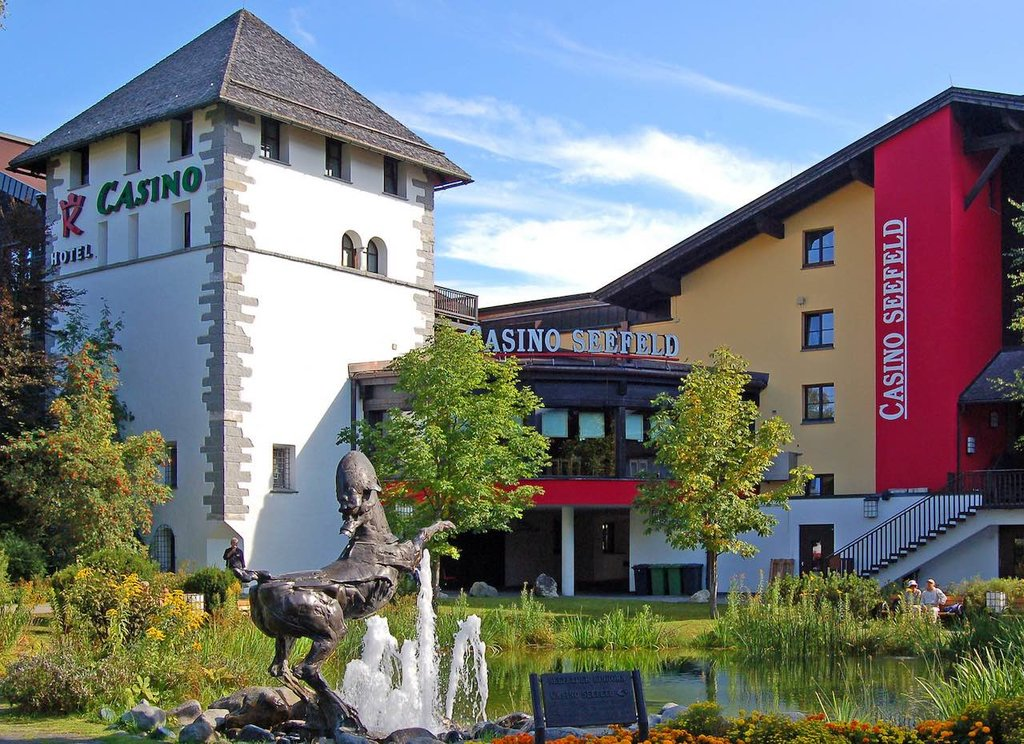 Casino di Seefeld by Pixelteufel, Under Creative Common License CC BY 2.0, https://www.flickr.com/photos/99667320@N06/31921285634