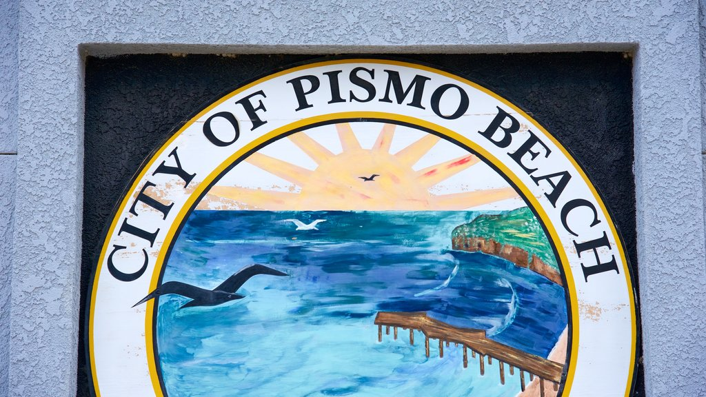 Pismo Beach which includes signage