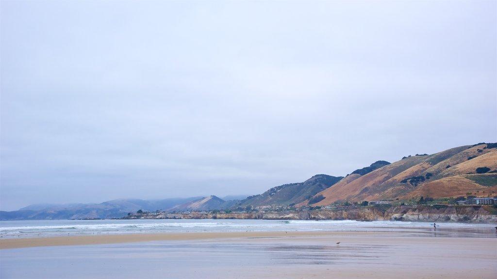 Pismo Beach showing a beach and general coastal views