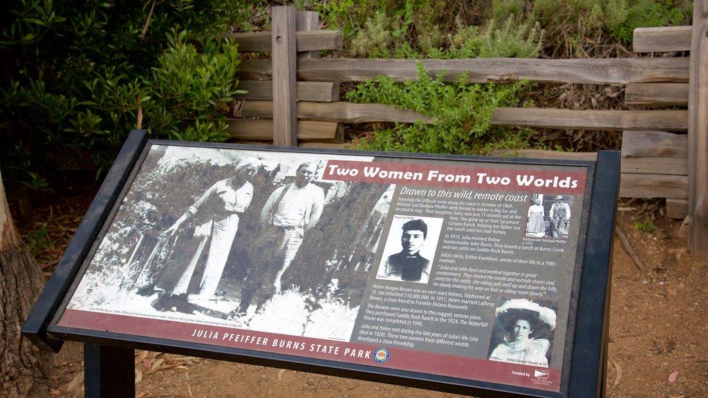 Cascadas McWay mostrando señalización