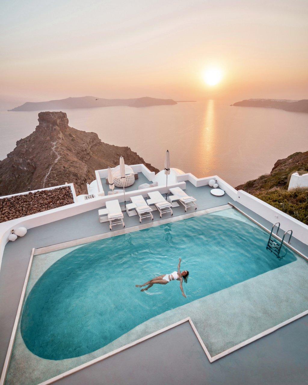 Santorini.jpg?1622631761