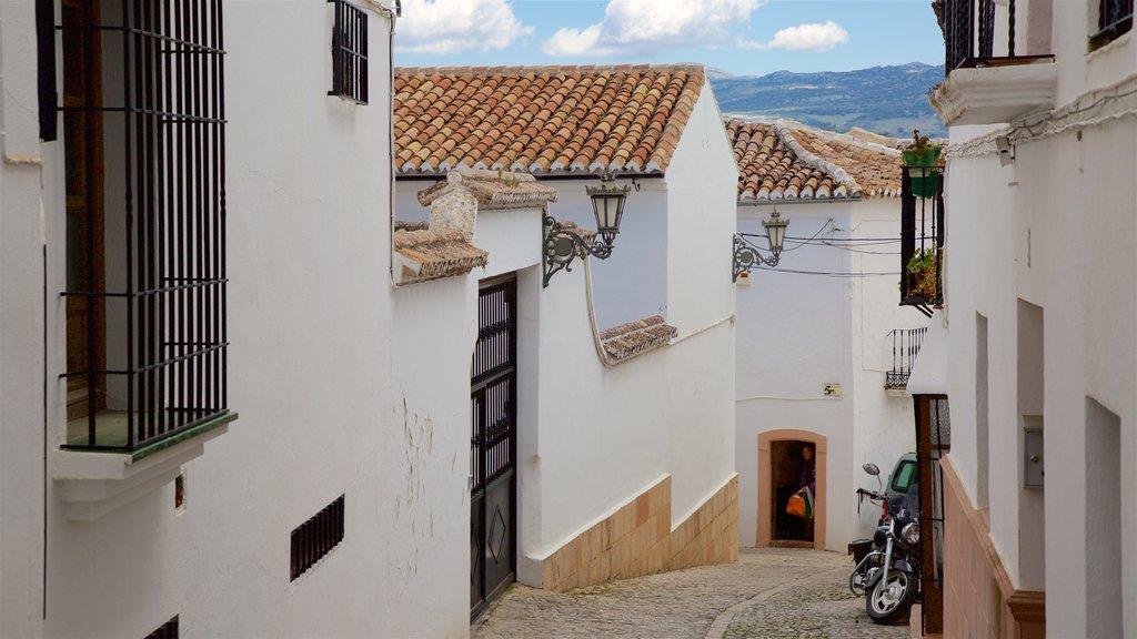 Ronda showing street scenes