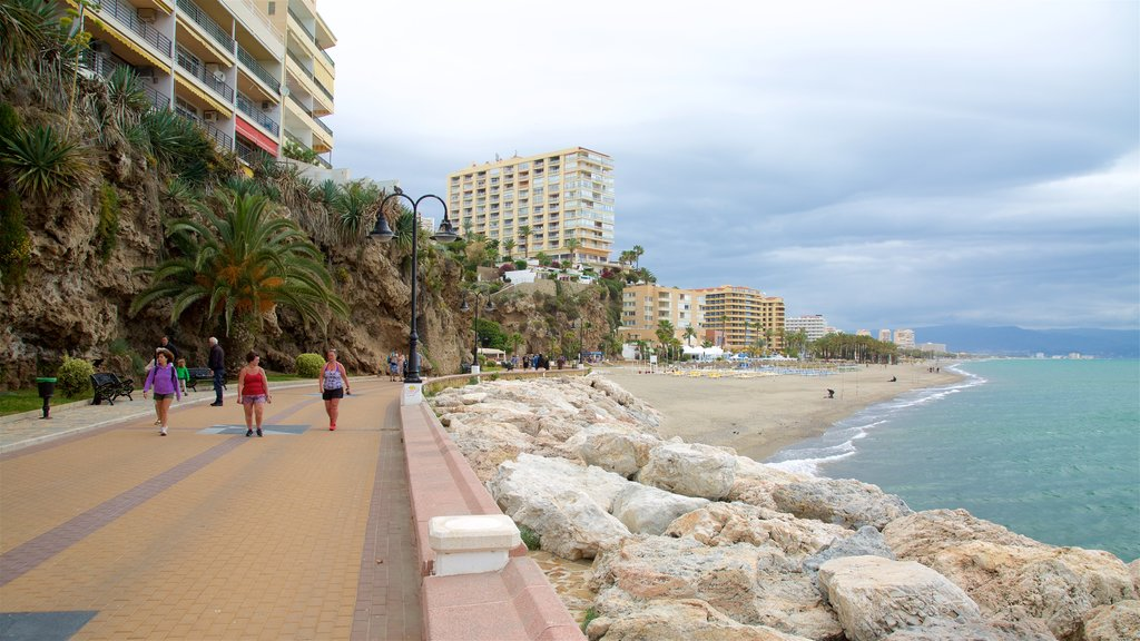 La Carihuela featuring general coastal views and street scenes