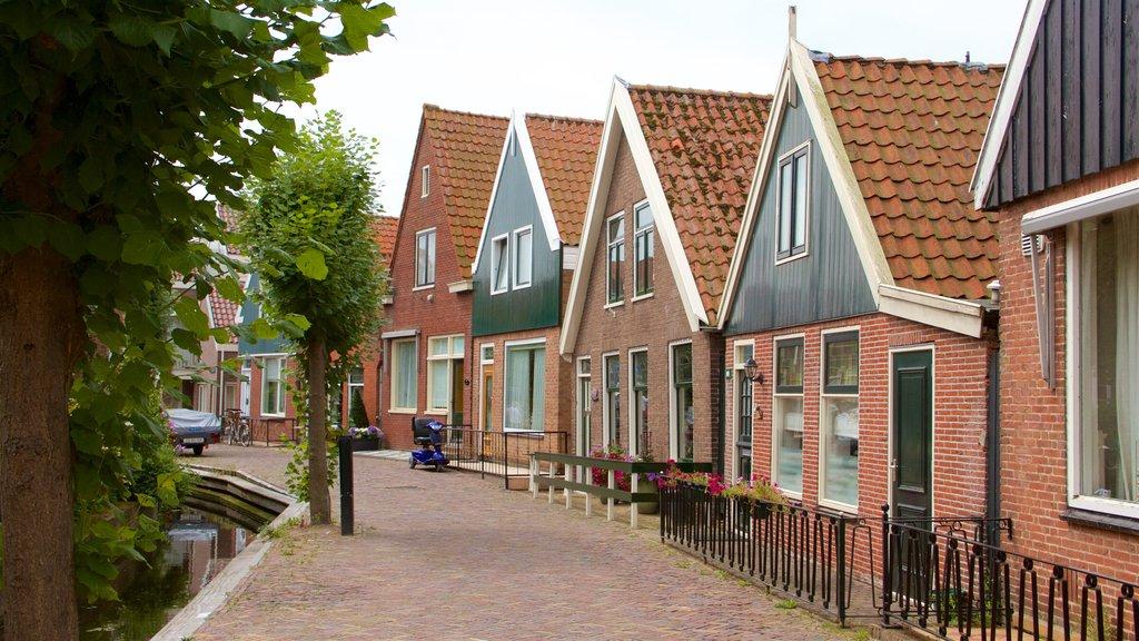 Volendam featuring street scenes