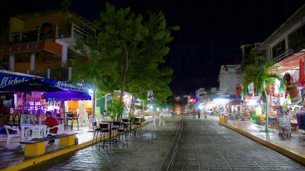 Oaxaca featuring night scenes and a square or plaza
