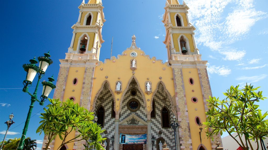 Immaculate Conception Cathedral which includes heritage architecture and a church or cathedral