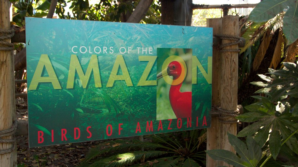 Santa Ana Zoo featuring signage and zoo animals