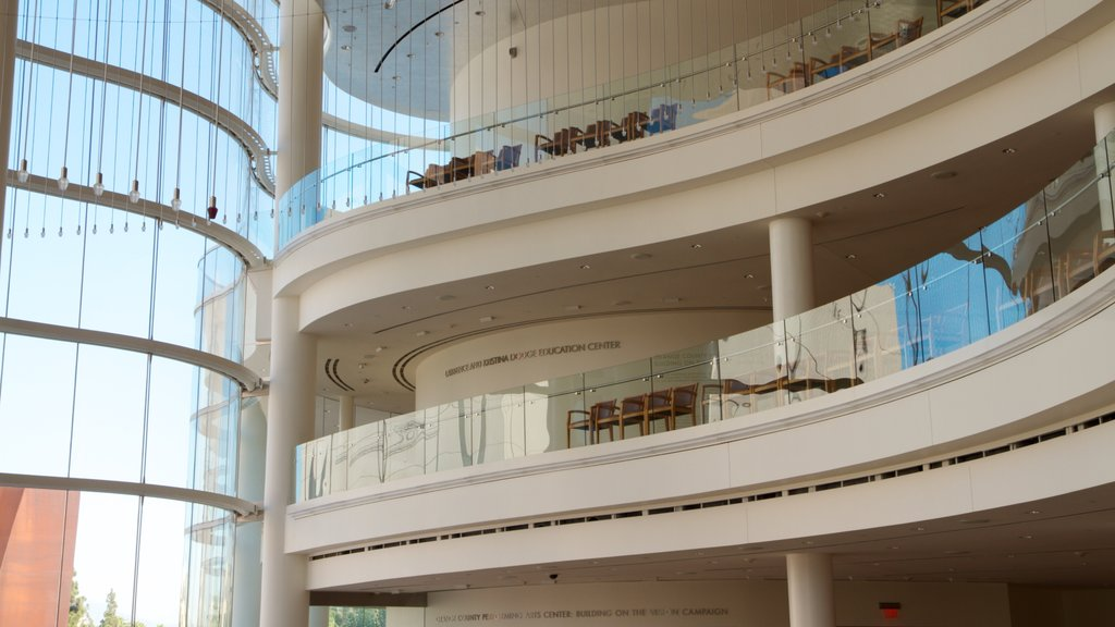 Segerstrom Center for the Arts showing modern architecture, interior views and a city