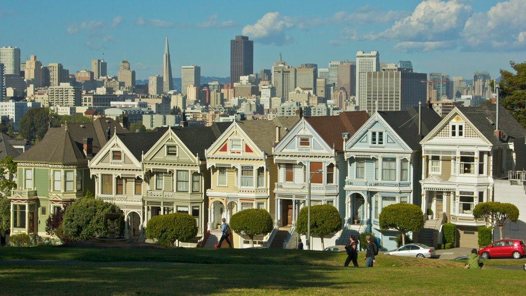 San Francisco showing street scenes, a house and a skyscraper