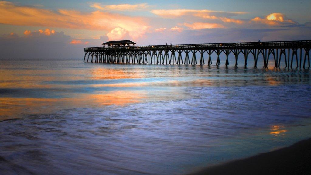 Myrtle Beach Que Inclui Um Pôr Do Sol Uma Praia E Paisagens Litorâneas