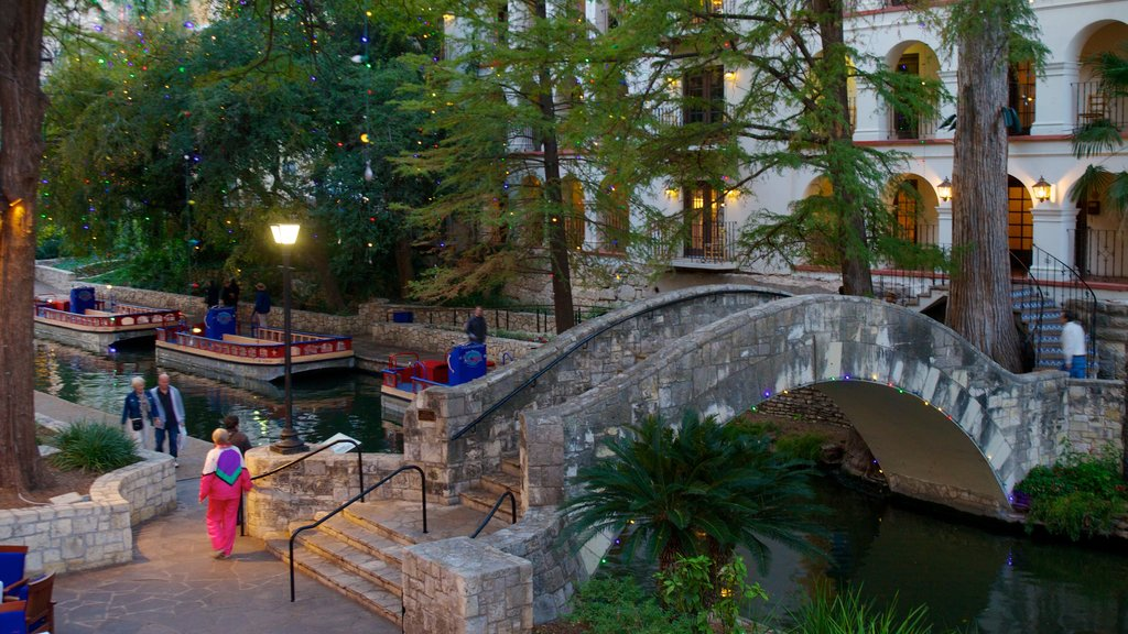 San Antonio featuring a pond, a park and a bridge