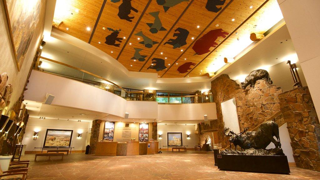 Museo Nacional de Arte de la Vida Silvestre que incluye vistas interiores