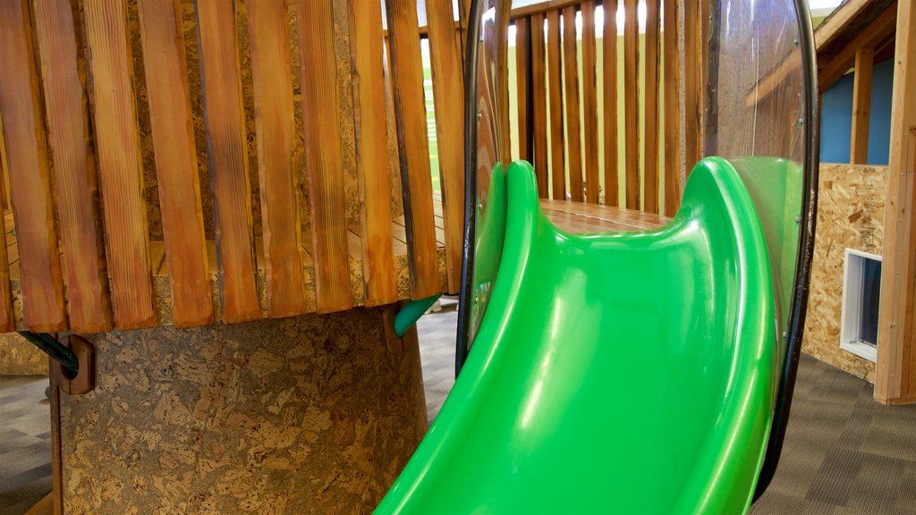 Museo del descubrimiento Terry Lee Wells Nevada que incluye un parque infantil