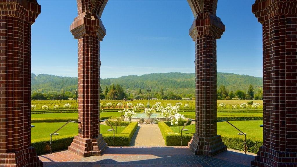 Ledson Winery and Vineyards ofreciendo un jardín, flores y escenas tranquilas
