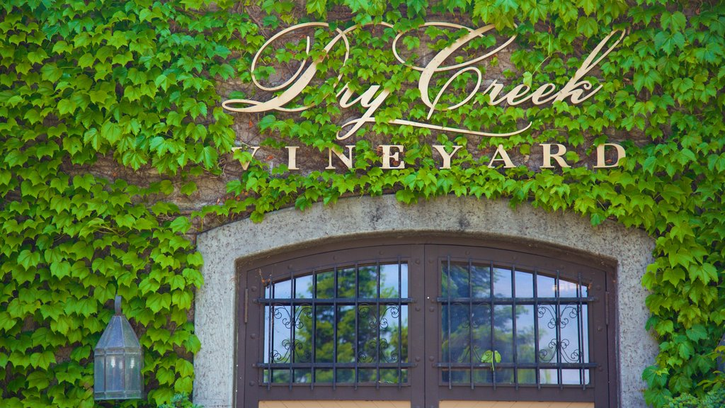 Dry Creek Vineyard which includes signage