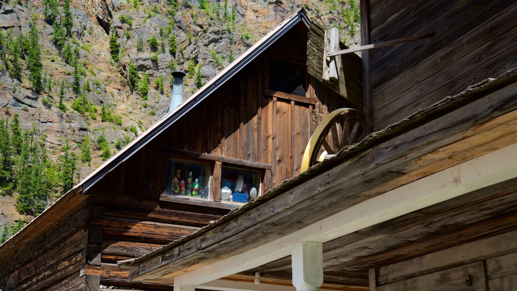 Three Valley Gap Ghost Town which includes heritage elements