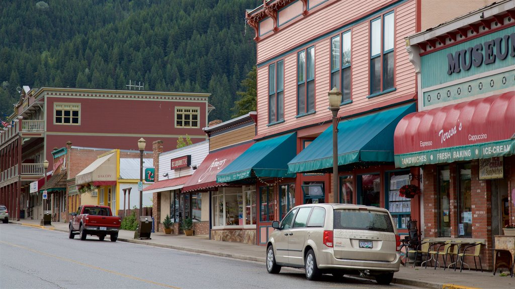 Kaslo showing heritage elements and signage
