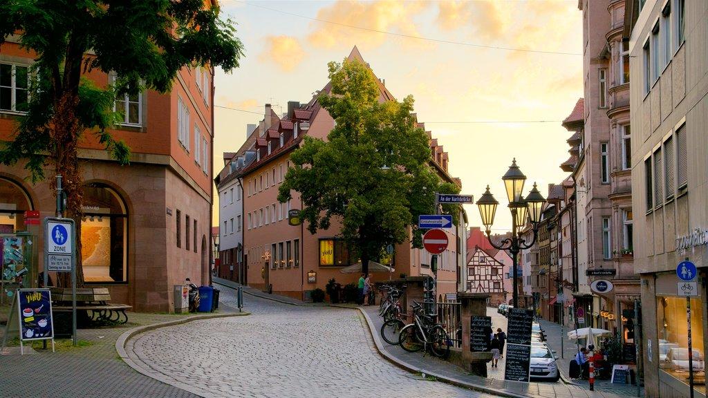 Nuremberg que inclui um pôr do sol e elementos de patrimônio