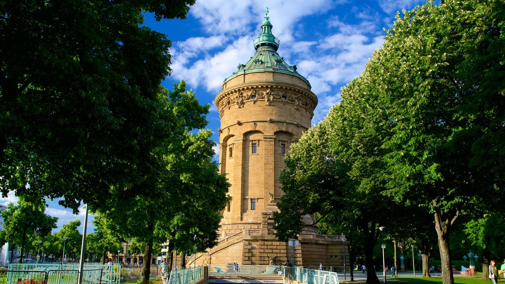 Mannheim Water Tower showing a park and heritage architecture