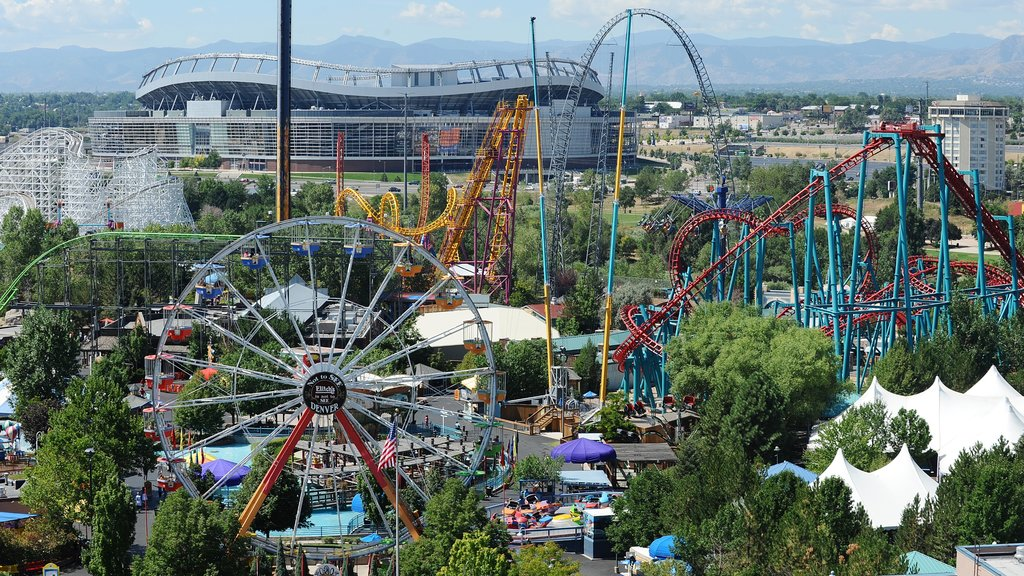 Elitch Gardens Theme Park featuring rides and a city