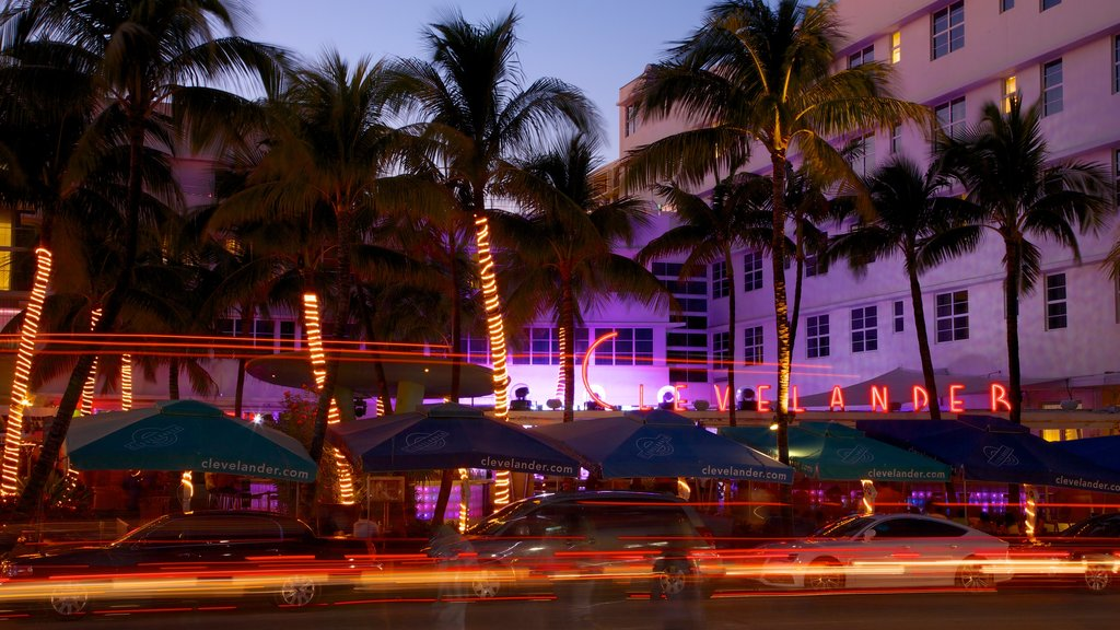 Miami Beach featuring nightlife